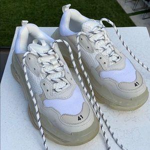 Balenciaga sneakers- men's sizing